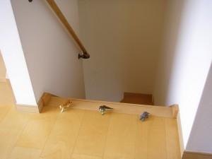 階段の番人たち