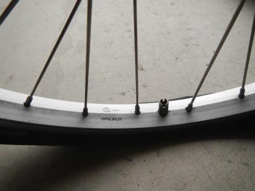 タイヤの取り付け向きに注意・・・